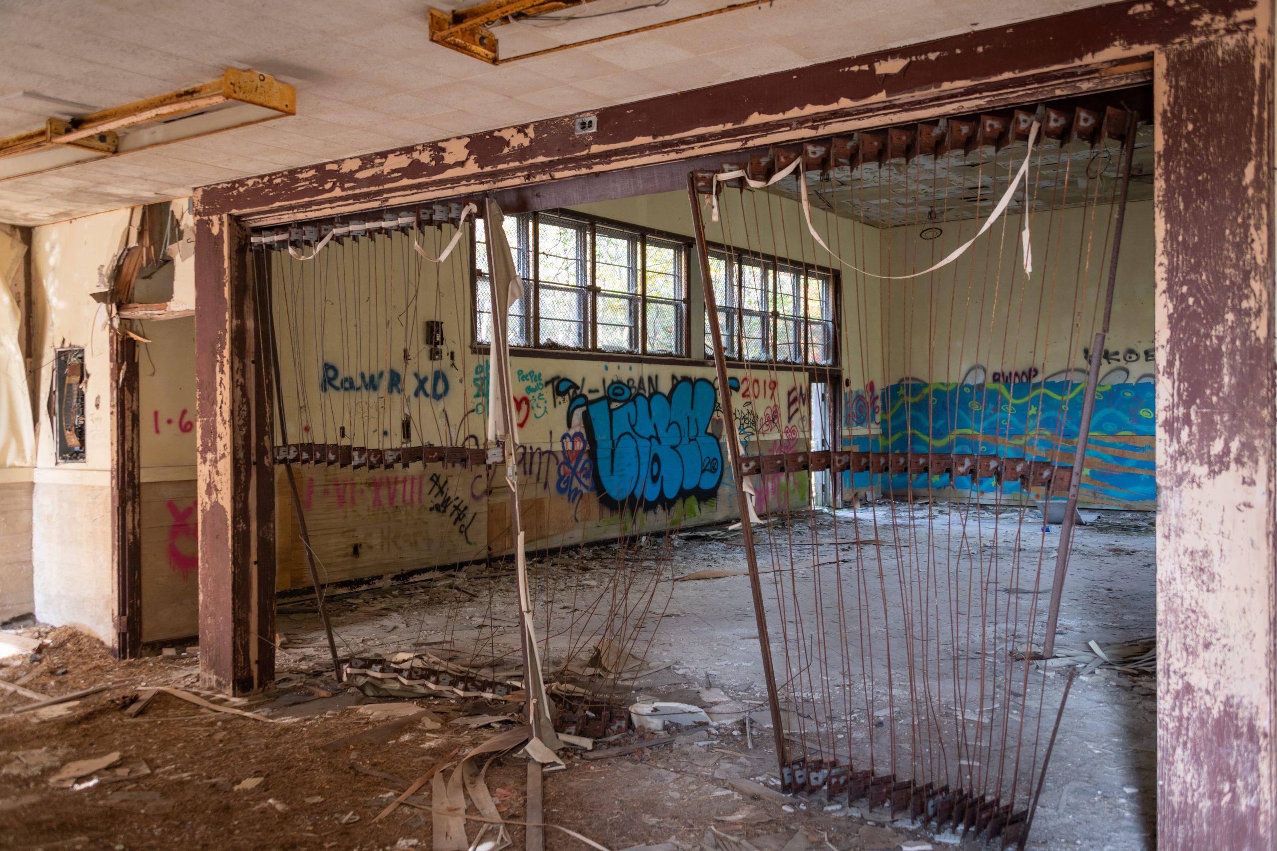 Cafe-Abandoned